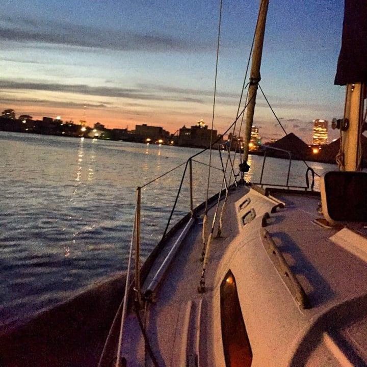 Boat Bungalow