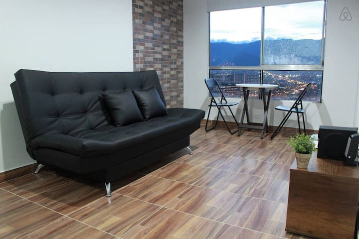 Amazing View Great Studio Apartment in El Poblado