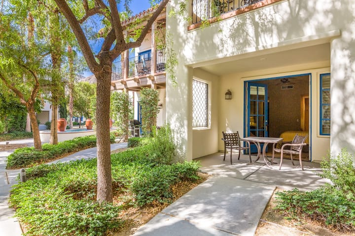 Deluxe King Casita near Clubhouse - (T21)