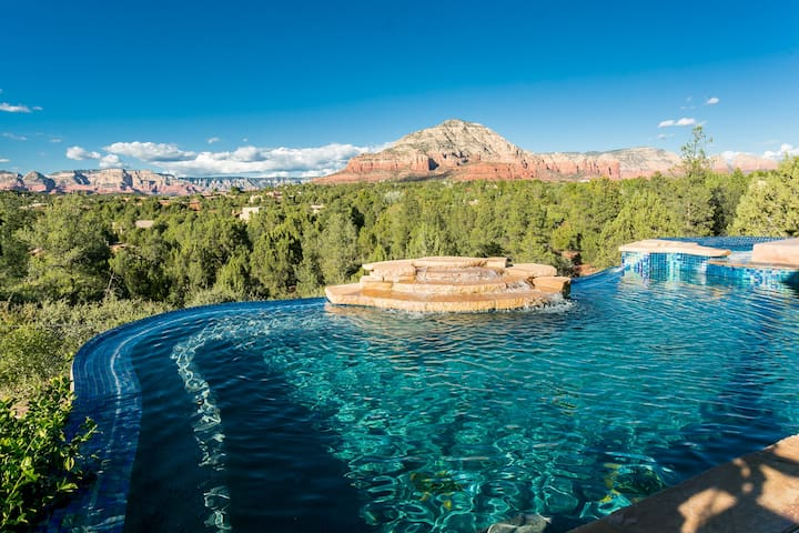 SUNDANCE: The infinity pool is just the beginning!