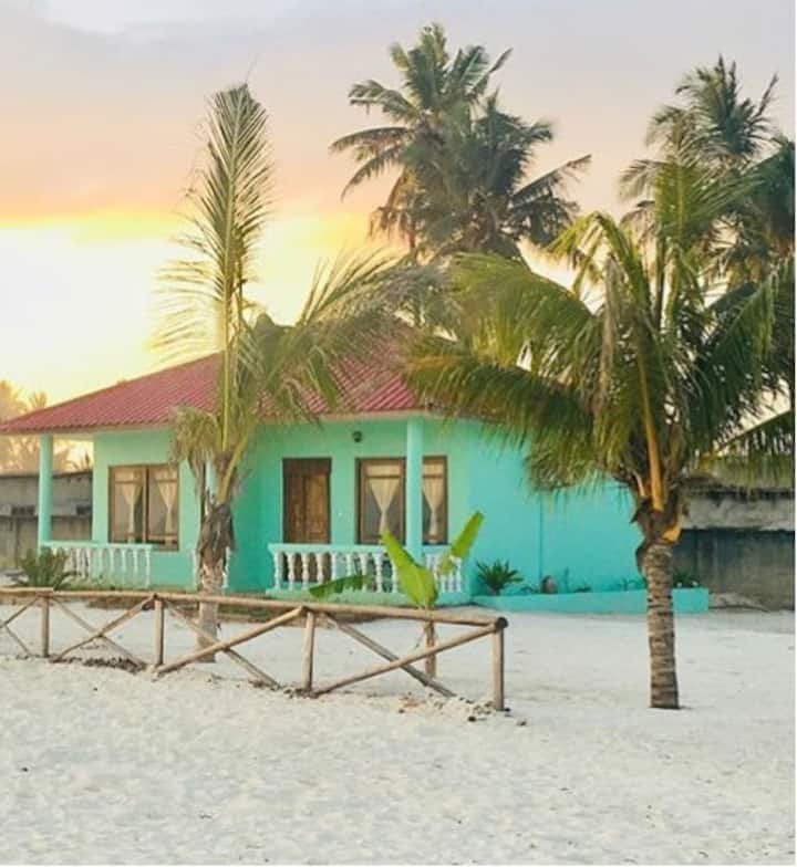 Minazi Beach Bungalows (JOYA)