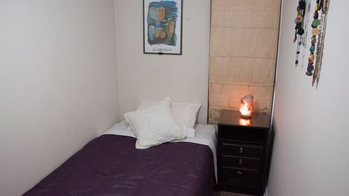 Habitación independiente, en un lugar confortable