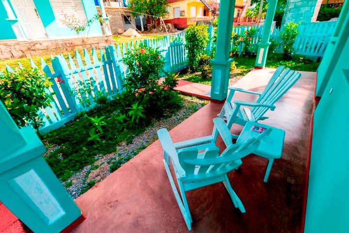 Casa Edel en Viñales (Habit. 2) +3 hour WIFI free