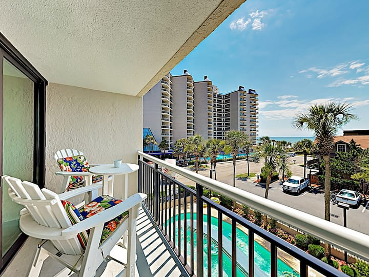 Carolina Winds Remodeled Retreat, Resort Amenities