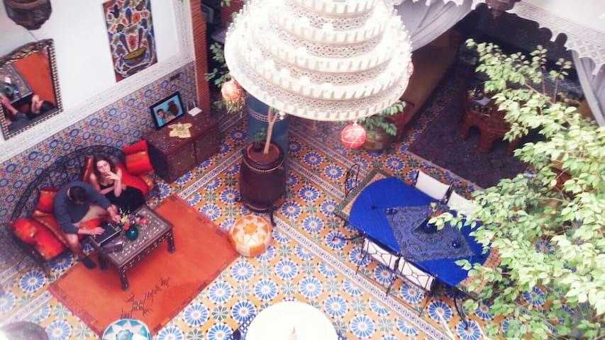 Riad traditionel,doube de luxe , pas cher , médina - Marrakech - Suite tamu
