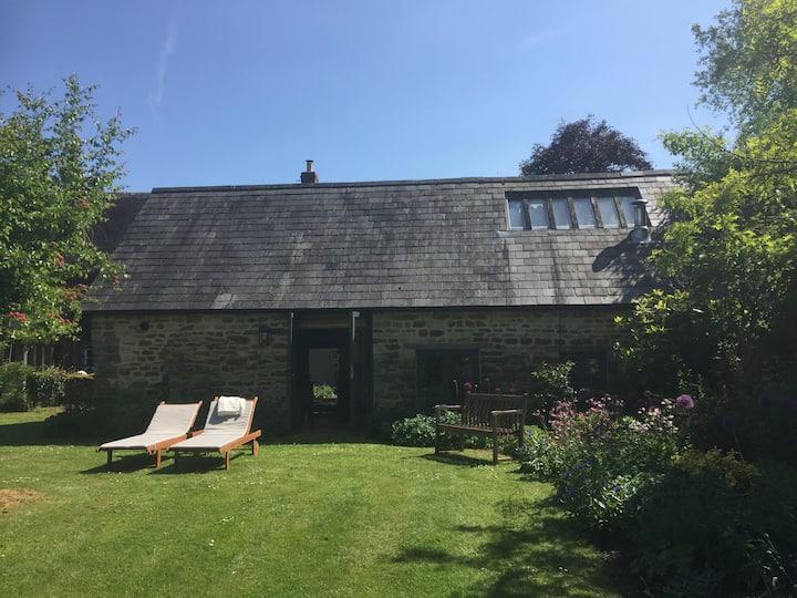 Lovely cottage in Oxfordshire village