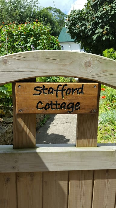 Gateway to our cosy cottage!