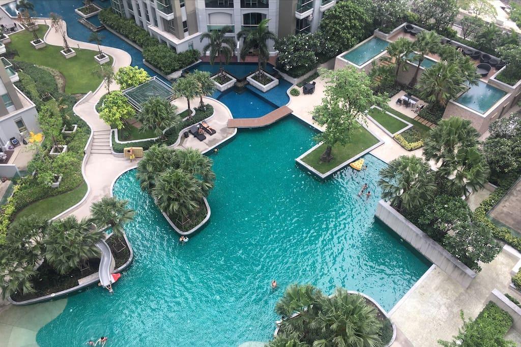 空中花园和露天游泳池