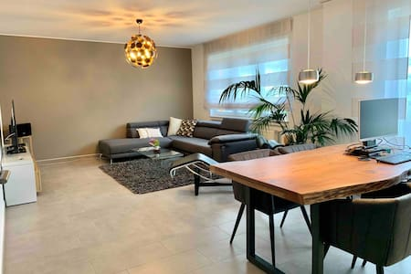 Modern & bright apartment in peaceful environment