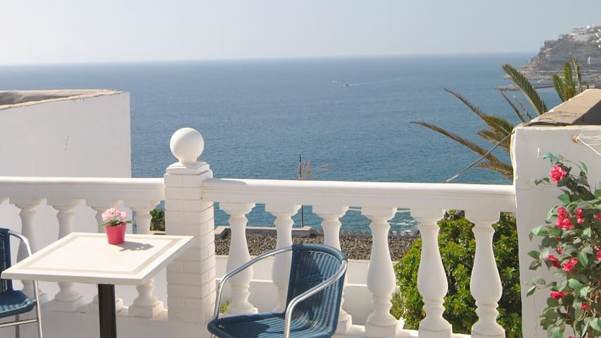 3 Bedroom apartment with stunning sea views