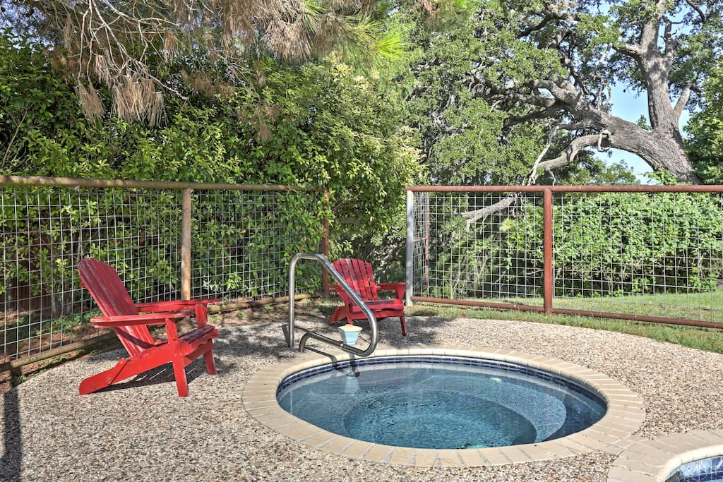Surrounded by 37-acres of Texas Hill Country, this cottage features sleeping space for 3, great community amenities, and everything necessary to help you enjoy total serenity.