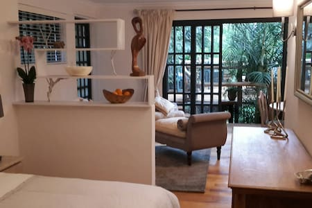 Colobus Cottage on Rosslyn Lone Tree, Nairobi - Nairobi - Konukevi
