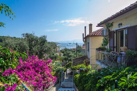 Romantic beautiful Studio with wonderful sea view - Gaios - Wohnung