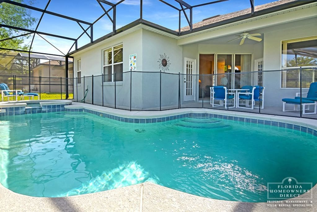 Calabay Park at Tower Lakes- Disney Area Community - Take a Dip in your very own pool