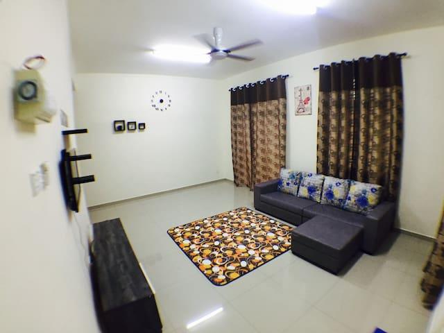 D'Nanas Homestay Melaka (MUSLIM)