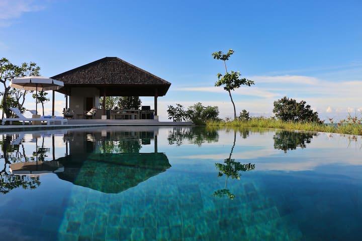 Villa Selalu, Gili Gede Luxury Hilltop Retreat