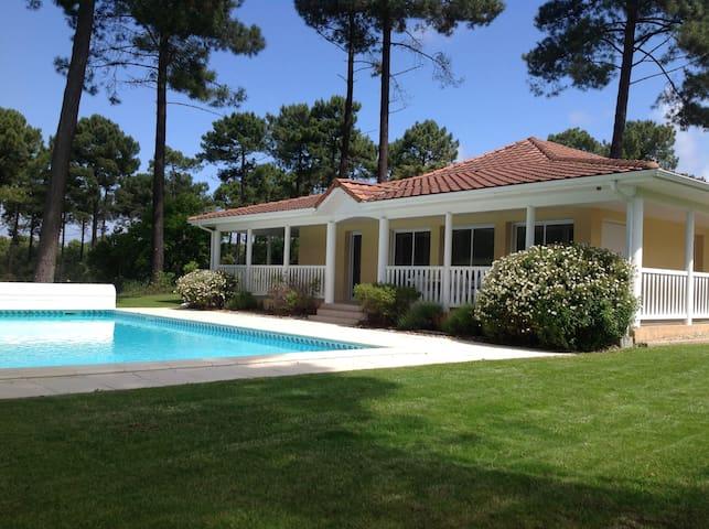 Villa 4 ch Piscine chauffée - Lacanau Océan  - Huis