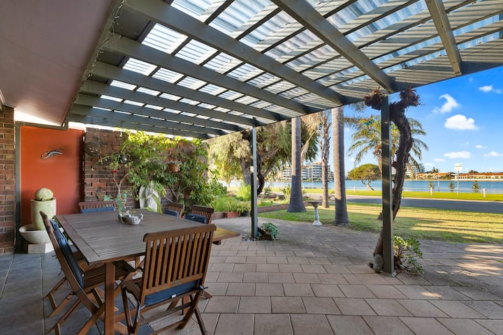 Tennyson home with breathtaking views