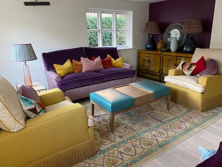 Tap Cottage - charm, style and fabulous location