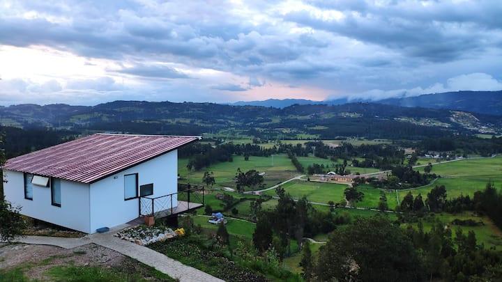 Cabaña biosostenible en las afueras de Paipa