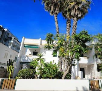 Appartamenti a 50 mt dal mare - 拜亚佛得角(Baia Verde) - 公寓