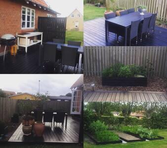 Dejligt hus med have tæt på centrum - Hjørring