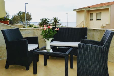 Terraced house, with a terrace overlooking the sea - Torre Grande - Apartmen