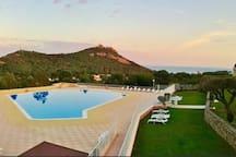 La piscine du Hameau .