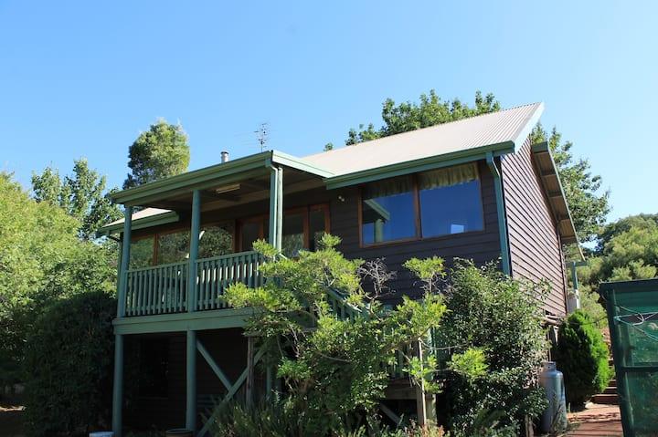 Chestnut Hill Cottage - Balingup