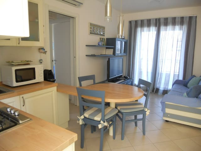 Appartamento con grande terrazza - Porto Santa Margherita