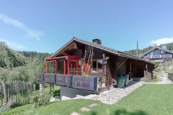 Silva-Nigra-Chalet for 4 close to pond