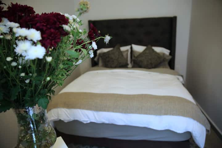 CHIC GUEST HOUSE ★ Pumpkin Private Room ★ Centric