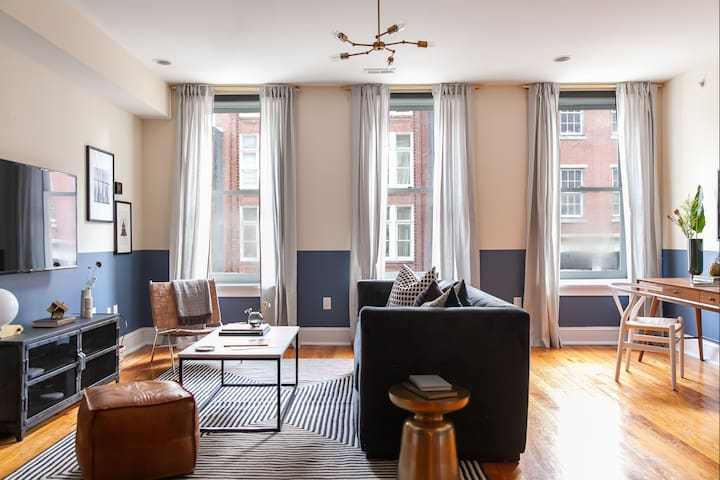 Domio | Old City | Ideal 1 BR near Delaware River