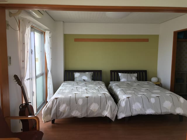 Ocean View & Quiet and relaxing room on the hill - Ishigaki - Departamento