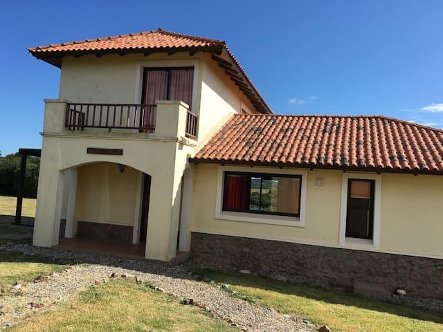 Casa de lujo en Marco de los Reyes - Villa Serrana - Casa