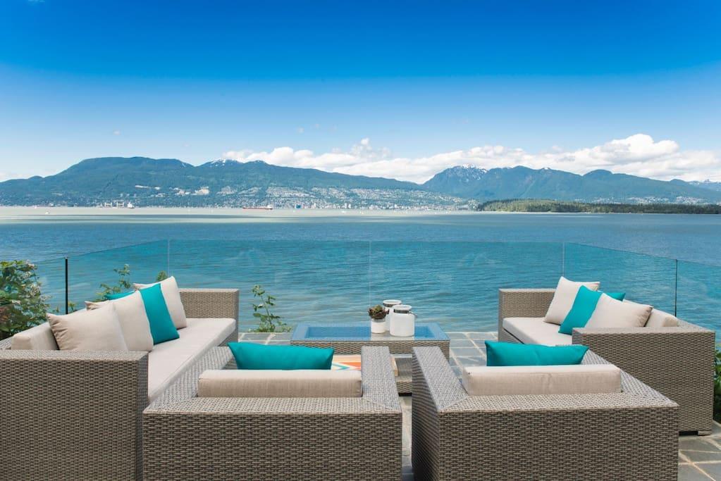 Oceanfront/Beachfront Kits Beach House - Houses for Rent