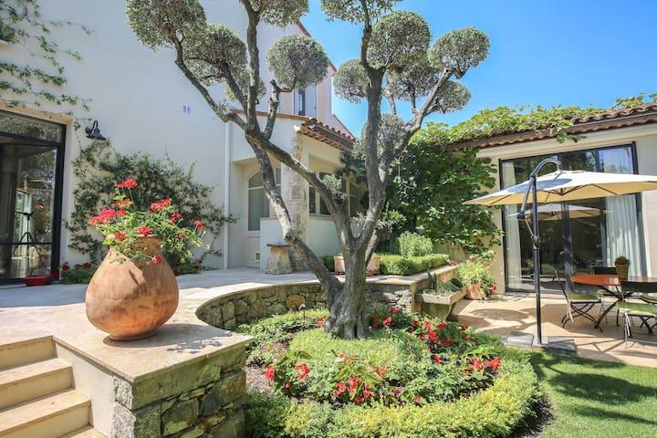 Beautiful studio apartment in Castellaras - Mouans-Sartoux - Apartment