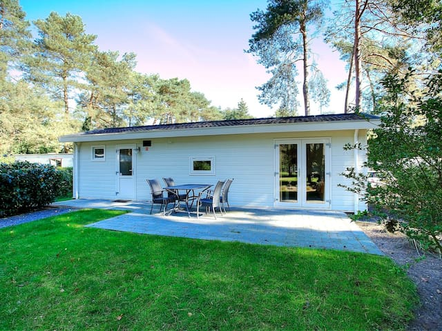 Nice holiday home Type B in Otterlo