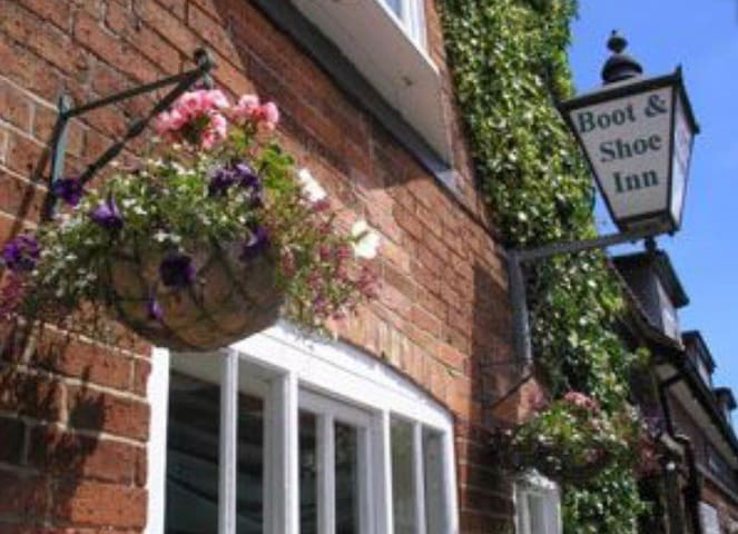 The Boot and Shoe Inn - Flintham