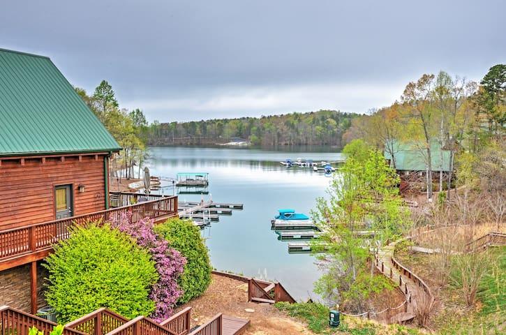 Lakeside 4BR Six Mile House w/Massive Decks - Six Mile