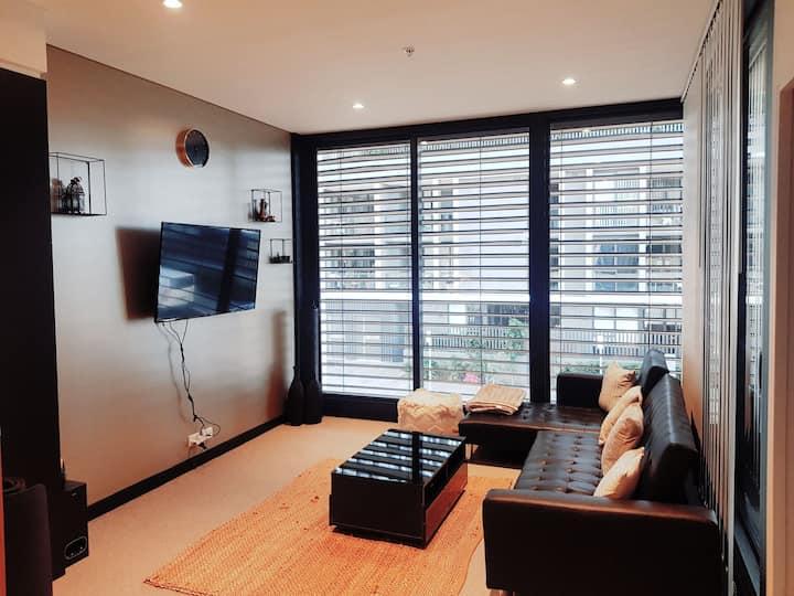 Modern Convenient Inner City Living