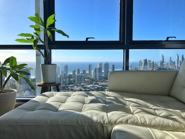 OCEAN VIEW Immaculate & Modern Unit on Gold Coast - Southport - Lägenhet