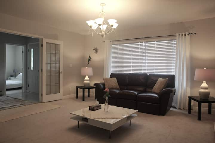 Newly Renovated Private, Spacious, One Bedroom