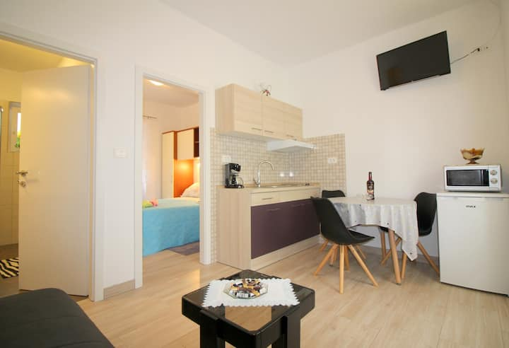 Apartment Noemi, located near center and beach