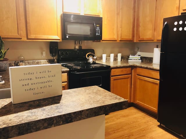 Beautiful Bohemian Private 1BR near Fedex Field