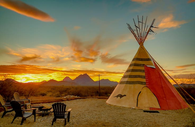 "Tin Valley Retro Rentals Tipi ""Otter Den"" - Terlingua"