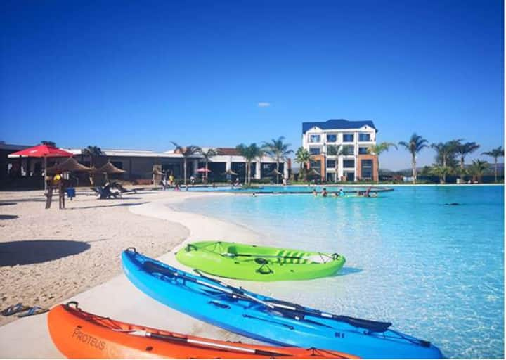 Large 2  bed apartment at a water Lagoon estate