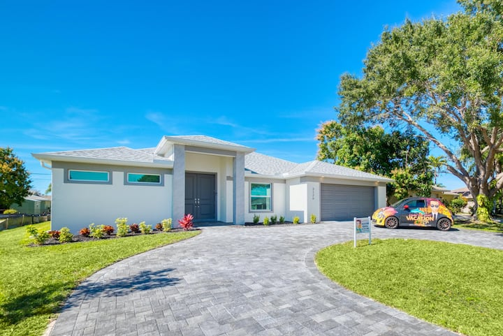 Wischis Florida Vacation Home - Sunshine Island in Cape Coral