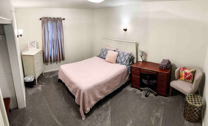 Route 66 Rancher•PINK ROOM•#3 (No cleaning fee)