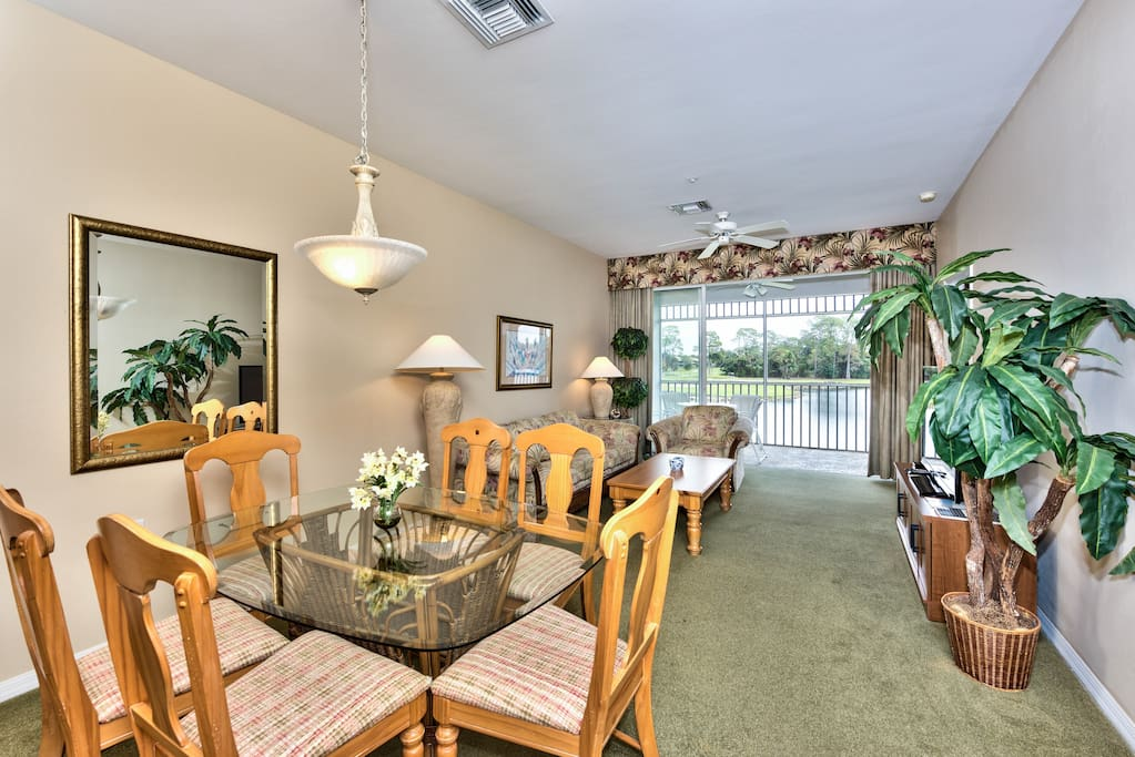 Resort Style Pool 3 Bedrooms Great Golf Views Apartments For Rent In Naples Florida